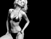 Adriana Karembeu - Wallpapers - Picture 18 - 1024x768