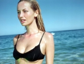 Adriana Karembeu - Wallpapers - Picture 24 - 1024x768