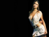 Adriana Lima - Wallpapers - Picture 115 - 1024x768