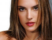 Alessandra Ambrosio - Wallpapers - Picture 307 - 1024x768