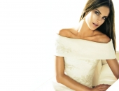 Alessandra Ambrosio - Wallpapers - Picture 122 - 1920x1200