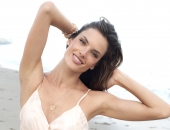 Alessandra Ambrosio - Wallpapers - Picture 285 - 1920x1200