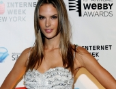 Alessandra Ambrosio - Wallpapers - Picture 240 - 1920x1200