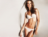 Alessandra Ambrosio - Wallpapers - Picture 261 - 1920x1200