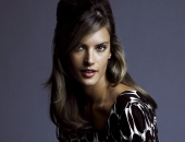 Alessandra Ambrosio - Wallpapers - Picture 183 - 1920x1200