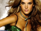 Alessandra Ambrosio - Wallpapers - Picture 69 - 1920x1200