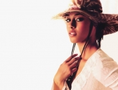 Alicia Keys - Wallpapers - Picture 33 - 1024x768