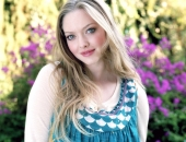 Amanda Seyfried - Wallpapers - Picture 9 - 1920x1200