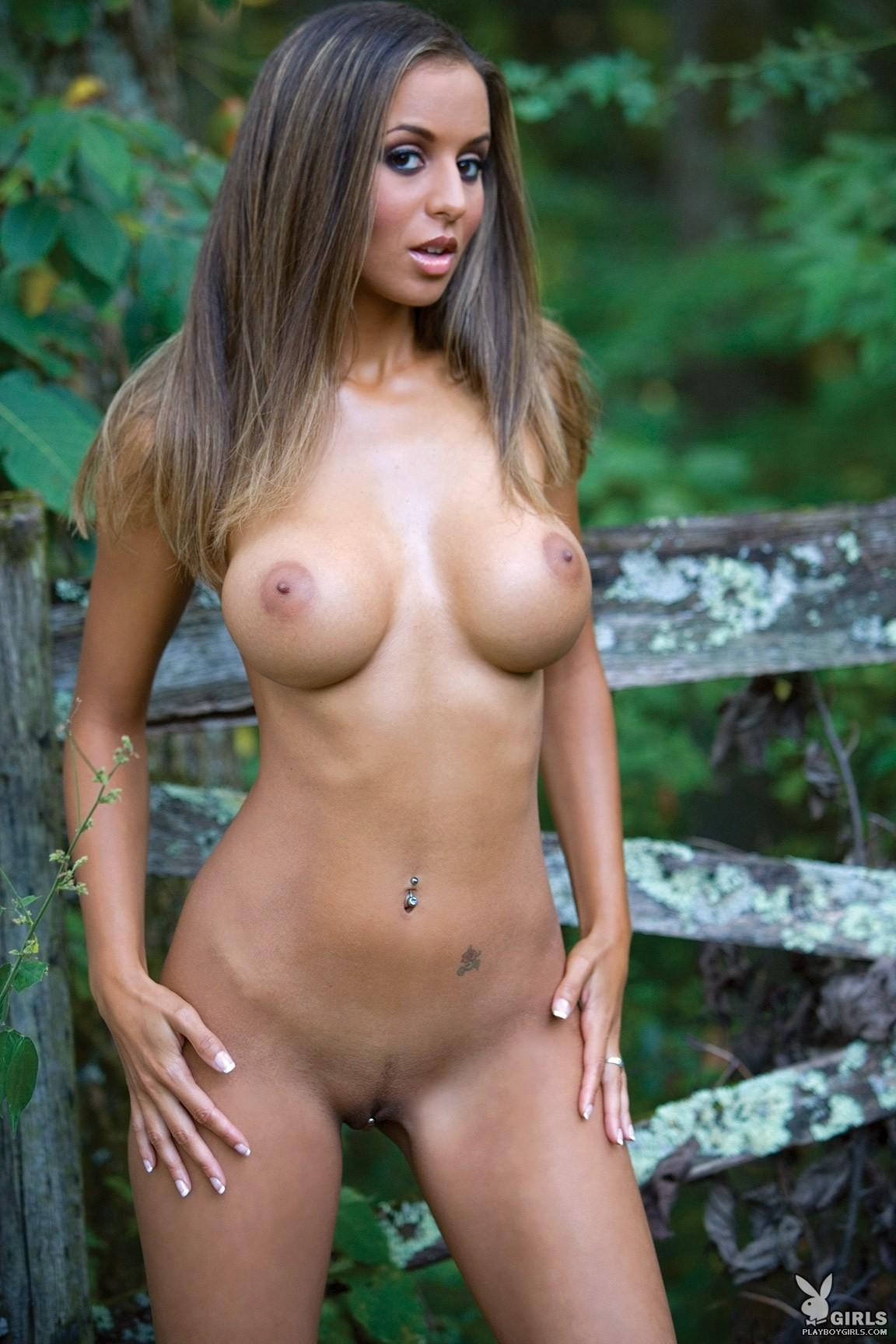andrea naked videos jpg 853x1280
