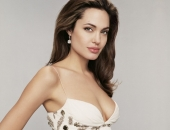 Angelina Jolie - Picture 332 - 1024x768