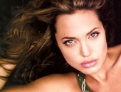 Angelina Jolie - Picture 26 - 1024x768