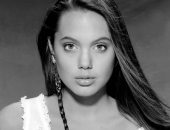 Angelina Jolie - Picture 143 - 1024x768