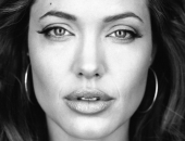 Angelina Jolie - Picture 27 - 1024x768