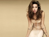 Angelina Jolie - Picture 318 - 1024x768