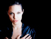 Angelina Jolie - Picture 116 - 1024x768