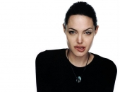 Angelina Jolie - Picture 204 - 1024x768