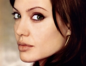 Angelina Jolie - Picture 159 - 1024x768