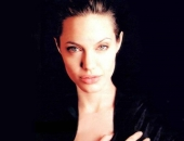 Angelina Jolie - Picture 206 - 1024x768