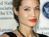 Angelina Jolie - Picture 304 - 1024x768