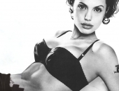 Angelina Jolie - Picture 246 - 1024x768