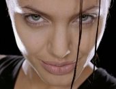 Angelina Jolie - Picture 226 - 1024x768