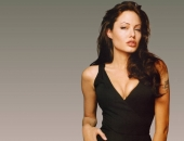 Angelina Jolie - Picture 208 - 1024x768
