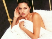 Angelina Jolie - Picture 198 - 1024x768