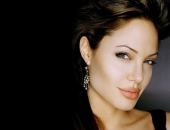 Angelina Jolie - Picture 301 - 1024x768