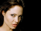 Angelina Jolie - Picture 302 - 1024x768