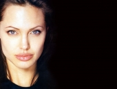 Angelina Jolie - Picture 153 - 1024x768