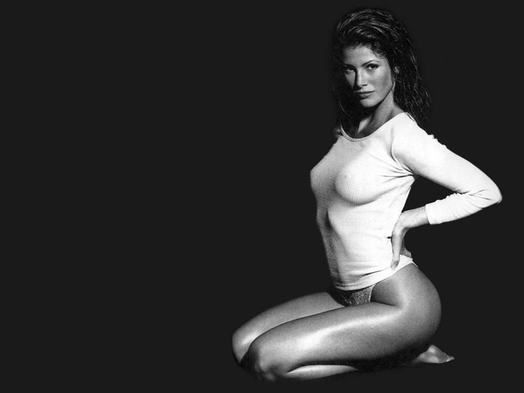 Angie everhart nude skin review you