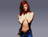 Angie Everhart - Picture 15 - 1024x768