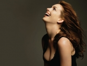Anne Hathaway - Wallpapers - Picture 19 - 1024x768