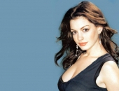 Anne Hathaway - Wallpapers - Picture 9 - 1024x768