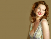 Anne Hathaway - Wallpapers - Picture 34 - 1024x768