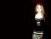 Avril Lavigne - Picture 13 - 1024x768