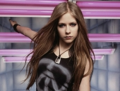 Avril Lavigne - Picture 115 - 1024x768
