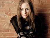 Avril Lavigne - Picture 95 - 1024x768