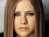Avril Lavigne - Picture 40 - 1024x768