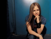 Avril Lavigne - Picture 38 - 1024x768