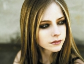 Avril Lavigne - Picture 26 - 1024x768