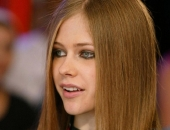 Avril Lavigne - Picture 55 - 1024x768