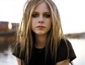 Avril Lavigne - Picture 50 - 1024x768