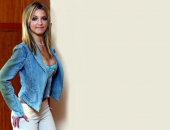 Britney Spears - Wallpapers - Picture 229 - 1024x768