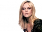 Charlize Theron - Picture 64 - 1024x768