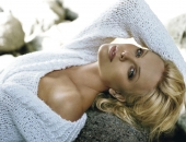 Charlize Theron - Picture 342 - 1920x1200