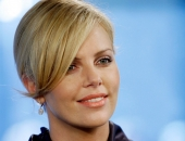 Charlize Theron - Picture 381 - 1920x1200