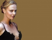 Charlize Theron - Picture 298 - 1920x1200