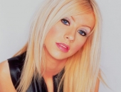 Christina Aguilera - Wallpapers - Picture 33 - 1024x768