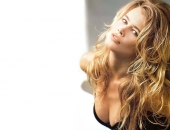 Claudia Schiffer - Wallpapers - Picture 50 - 1024x768